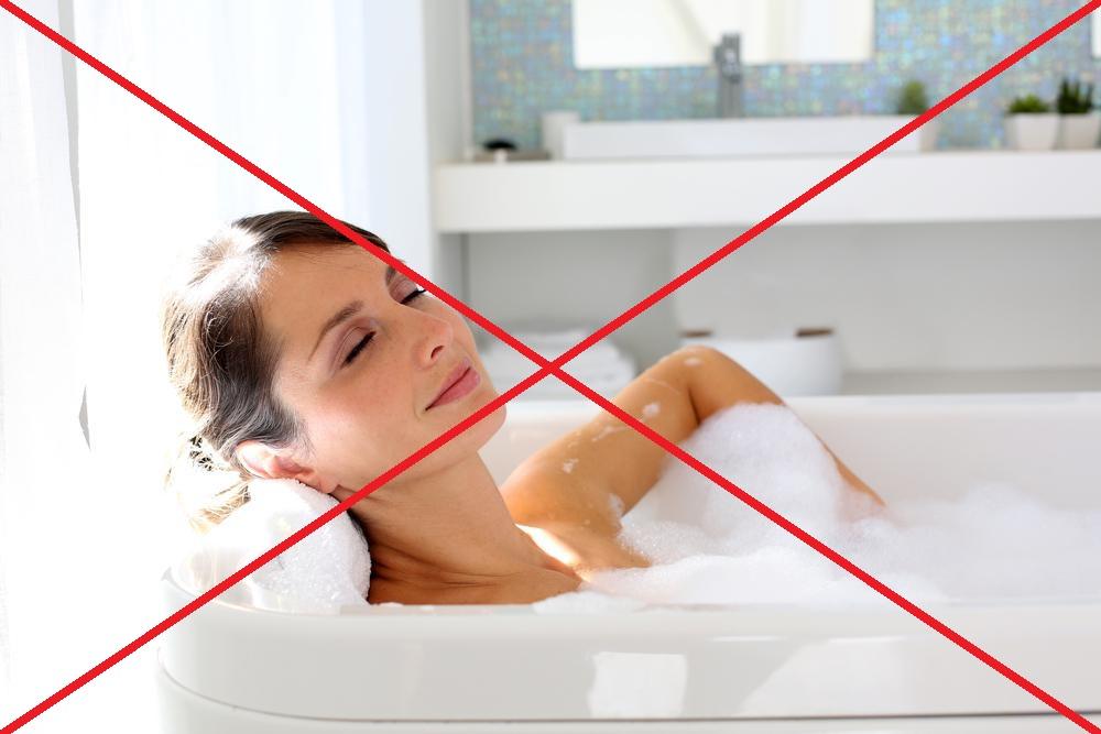 Нельзя нежиться в горячей ванне